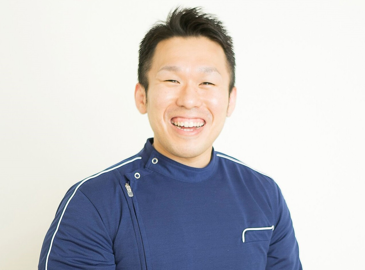 院長インタビュー 庄本 泰崇 SHOMOTO YASUTAKA